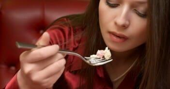 Manger chaud pour manger moins