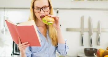 Liste des aliments a bannir pour maigrir 60 for Accouchement a la maison youtube