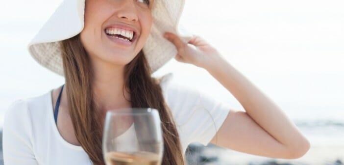 Le vin blanc est mauvais pour la ligne